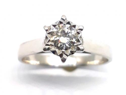 18ct White Gold Diamond Illusion Set Solitaire Ring image