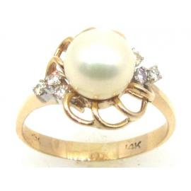 14ct Pearl and Diamond Ring image