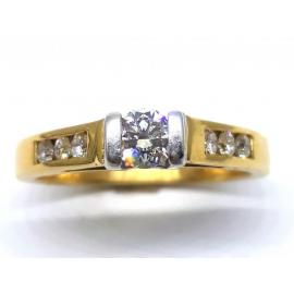 18ct Diamond Solitaire With Shoulder Stones Ring TDW 0.40CT image